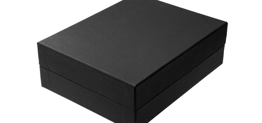 Blackbox – Älypuhelimen käyttö ulkomailla